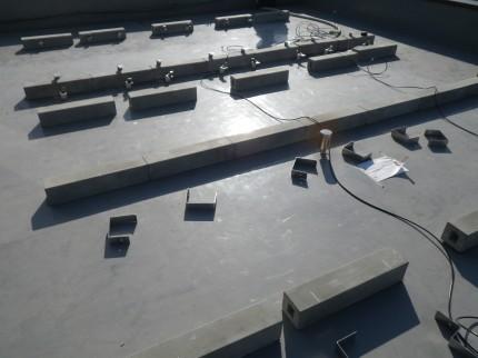 東大阪市社屋太陽光発電設置2