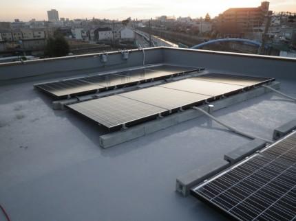 東大阪市社屋太陽光発電設置3